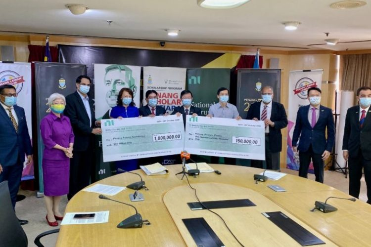 AMERICAN multinational company NI, formerly known as National Instruments Corporation, contributed RM1 million to the Penang Future Foundation (PFF) and RM150,000 to Penang Science Cluster (PSC) today. NI Penang managing director Rajesh Purushothaman, who is also the APAC Manufacturing vice-president, said although the Covid-19 pandemic has impacted every business globally, NI still believes that its […]